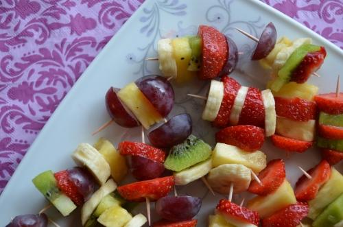 Mini-szaszłyki owocowe