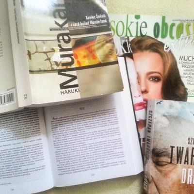 """Murakami, Twardoch i Tołstoj. Od kilku tygodni smakuję powoli """"Wojnę i pokój"""". Fantastyczna powieść, ale skończę ją pewnie za parę miesięcy ;)"""