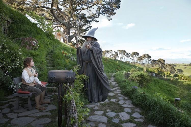 Wiesz, Bilbo, widziałem ostatnio beznadziejny film. O jakimś skandynawskim superbohaterze z młotem… Taka nuda i głupota…